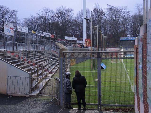 Rot-Weiss Ahlen 41