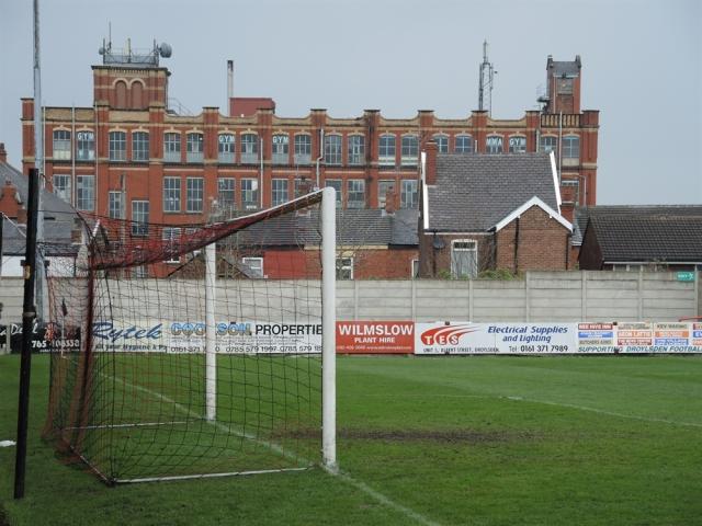 Droylsden 0 Stamford 3. 43