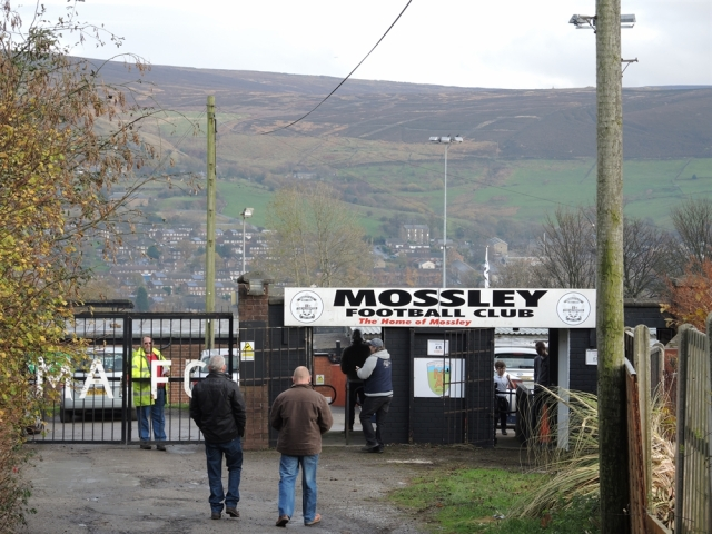 Mossley v Brighouse 03