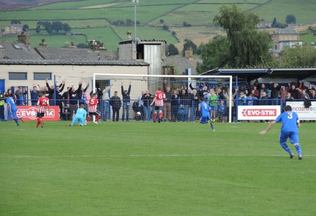 Glossop North End 38