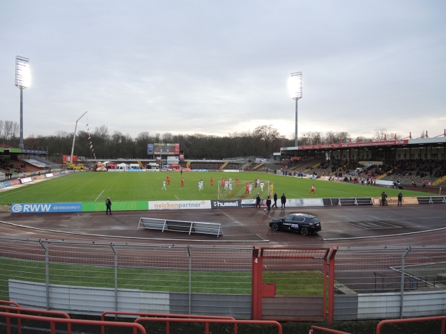 Rot Weiss Oberhausen 36