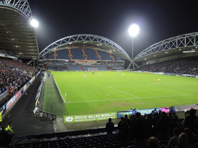 Huddersfield 2 Reading 2 - 38